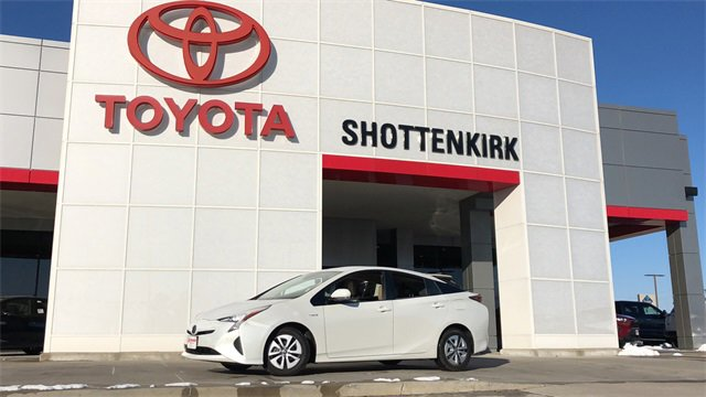 Used 2017 Toyota Prius in Quincy, IL