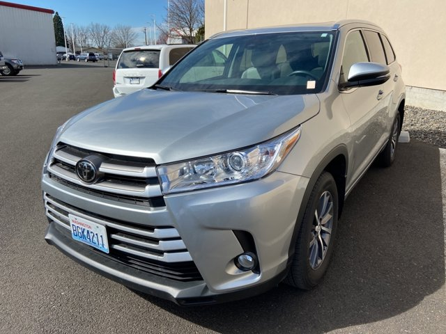 Used 2017 Toyota Highlander in Walla Walla, WA
