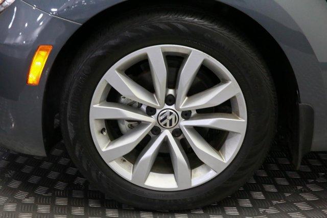 2013 Volkswagen Beetle for sale 121126 27