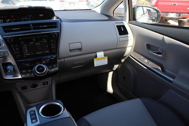 New 2017 Toyota Prius v Five