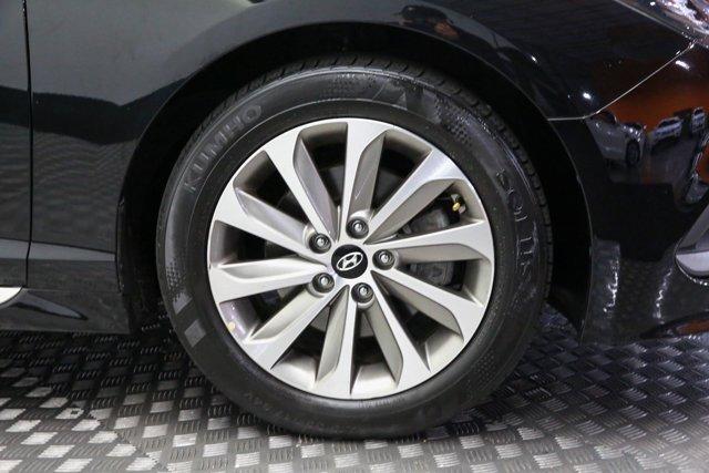 2017 Hyundai Sonata for sale 122951 26