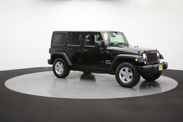 2016 Jeep Wrangler Unlimited 124726 43