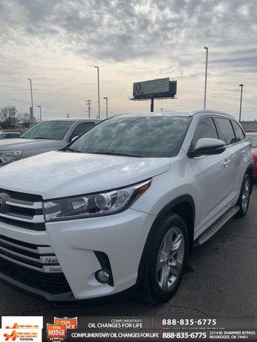 Used 2017 Toyota Highlander in Muskogee, OK