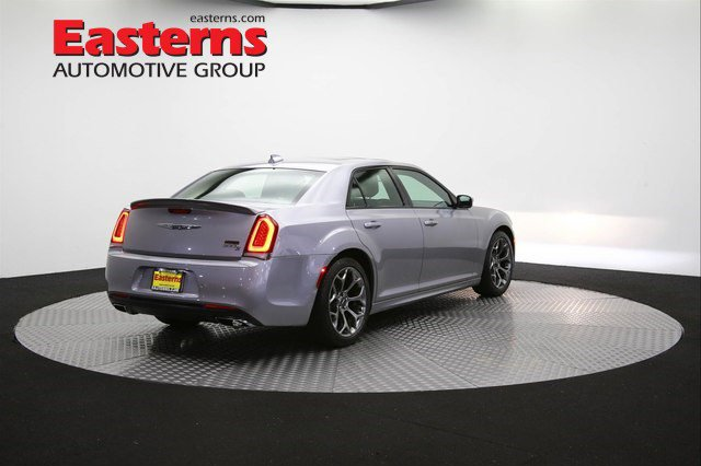 2018 Chrysler 300 114293 52