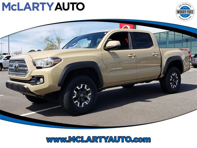 Used 2017 Toyota Tacoma in , AR