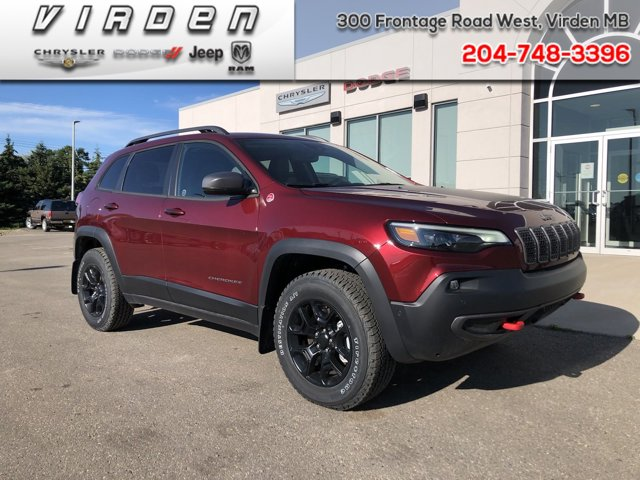 2020 Jeep Cherokee Trailhawk Trailhawk 4x4 Intercooled Turbo Premium Unleaded I-4 2.0 L/122 [1]