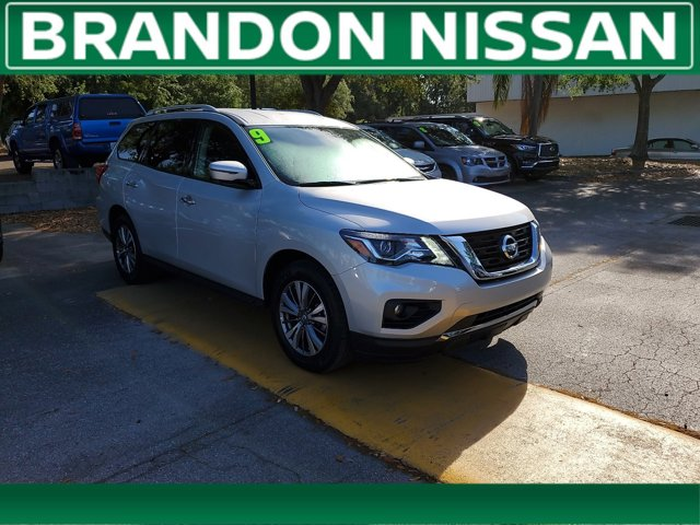 Used 2019 Nissan Pathfinder in Tampa, FL