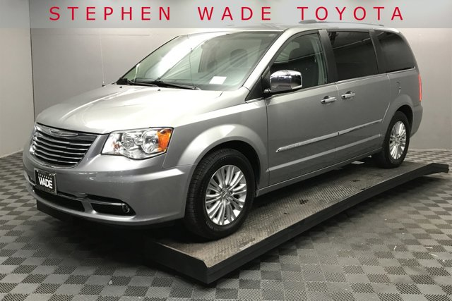 Used 2015 Chrysler Town & Country in St. George, UT