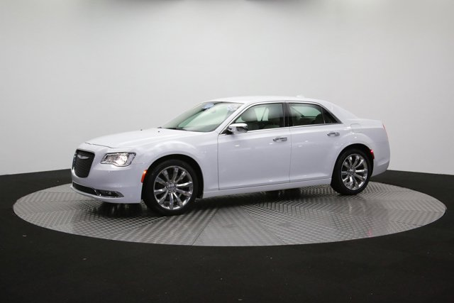 2019 Chrysler 300 122416 52