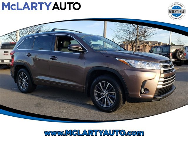 Used 2018 Toyota Highlander in North Little Rock, AR