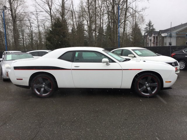 Used 2014 Dodge Challenger 2dr Cpe R-T