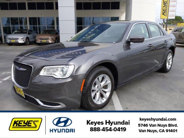 Used 2018 Chrysler 300 in , CA