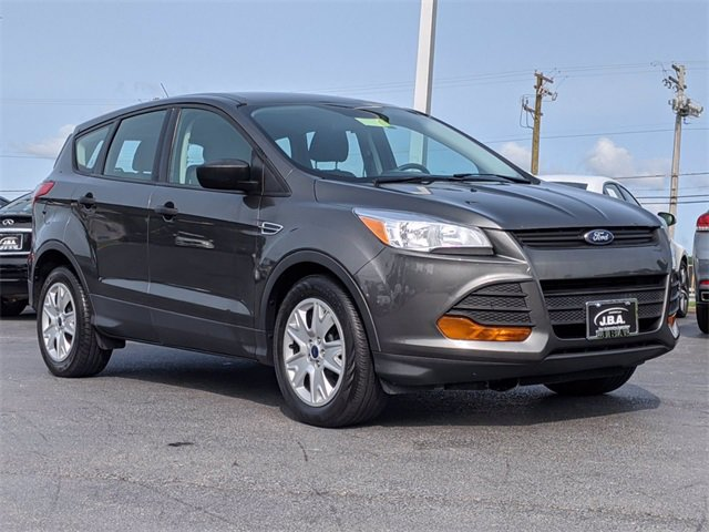2015 Ford Escape S FWD 4dr S Regular Unleaded I-4 2.5 L/152 [2]