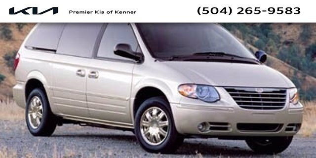 2006 Chrysler Town & Country LWB Touring