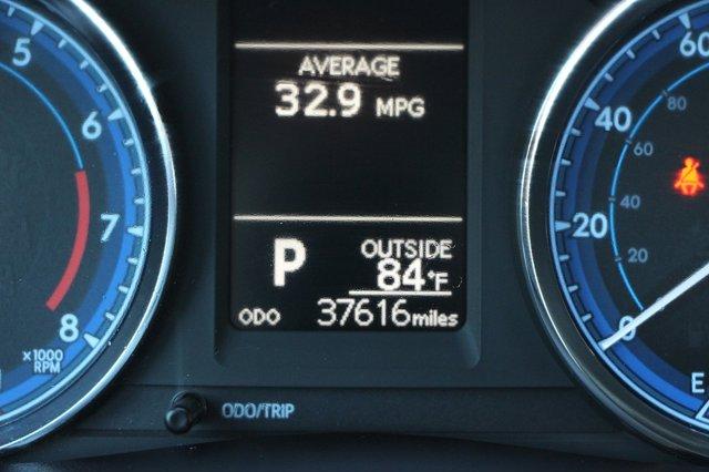2018 Toyota Corolla LE 33
