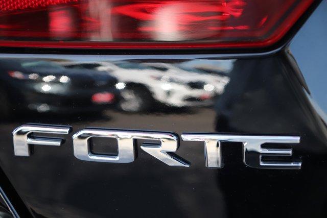 Used 2019 Kia Forte LXS IVT