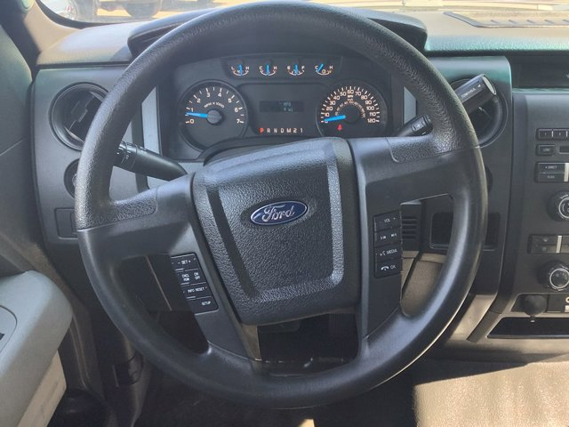 2014 Ford F-150 4WD SuperCab 145 STX