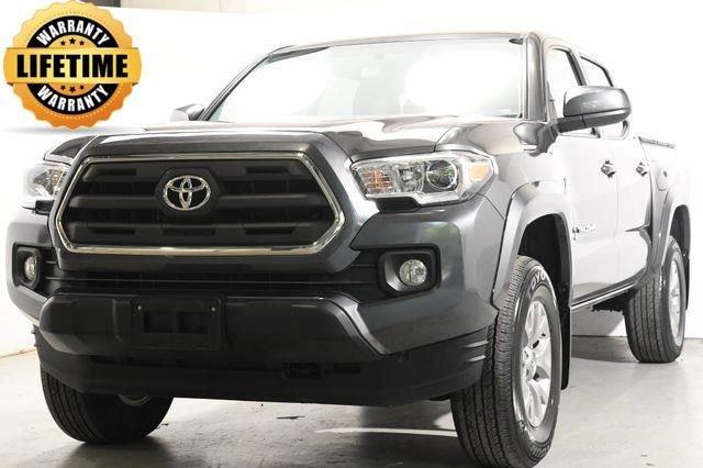 2016 Toyota Tacoma TRD Sport Cloth interiorLike New exterior conditionLike New interior condition