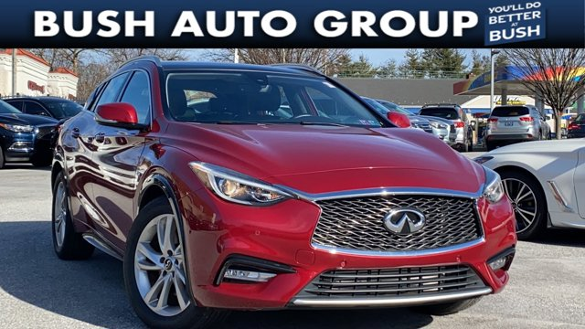 2017 INFINITI QX30 Premium Premium FWD Intercooled Turbo Premium Unleaded I-4 2.0 L/121 [2]