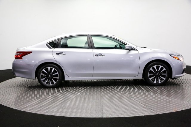 2018 Nissan Altima for sale 121743 3