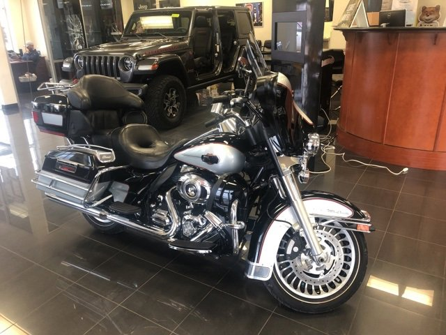2010 Harley-Davidson Touring ULTRA CLASSIC