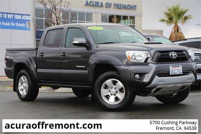 Used 2015 Toyota Tacoma in , CA