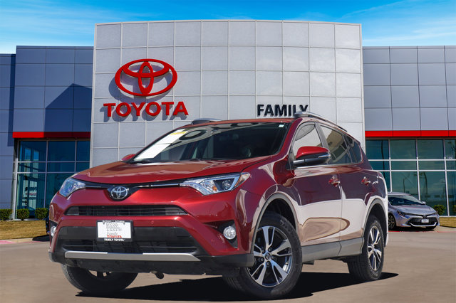 Used 2018 Toyota RAV4 in Arlington, TX