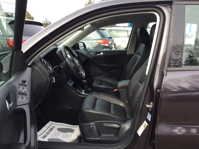 Used 2016 Volkswagen Tiguan 4MOTION 4dr Auto S