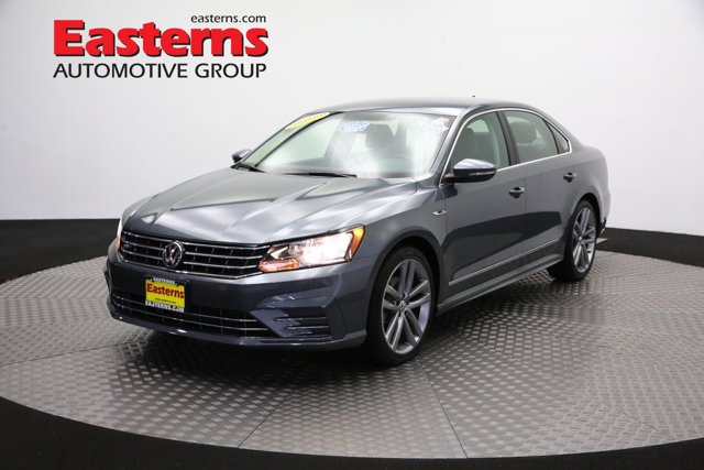 2017 Volkswagen Passat for sale 121894 0