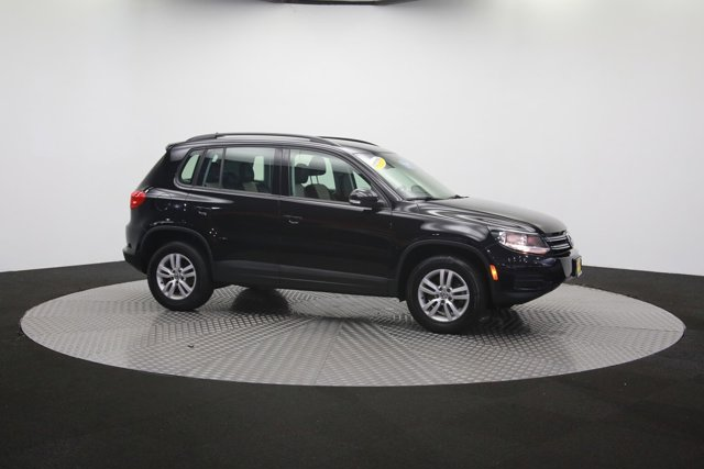 2017 Volkswagen Tiguan for sale 121009 55