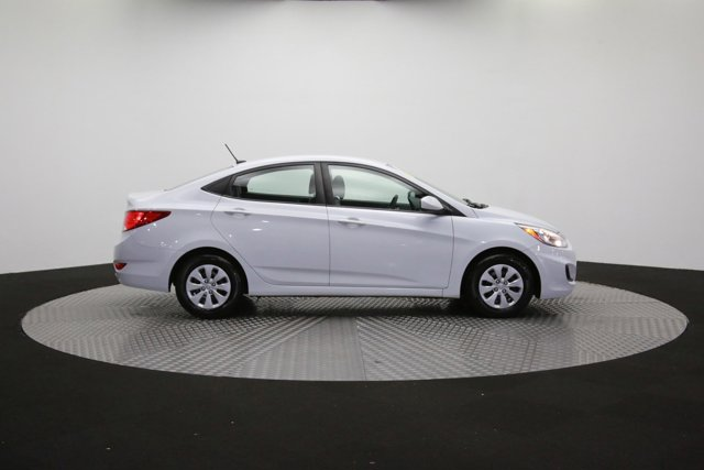 2017 Hyundai Accent for sale 124299 39