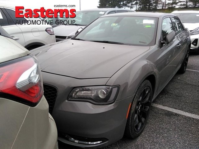 2019 Chrysler 300 300S 4dr Car