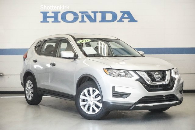 Used 2017 Nissan Rogue in Cartersville, GA