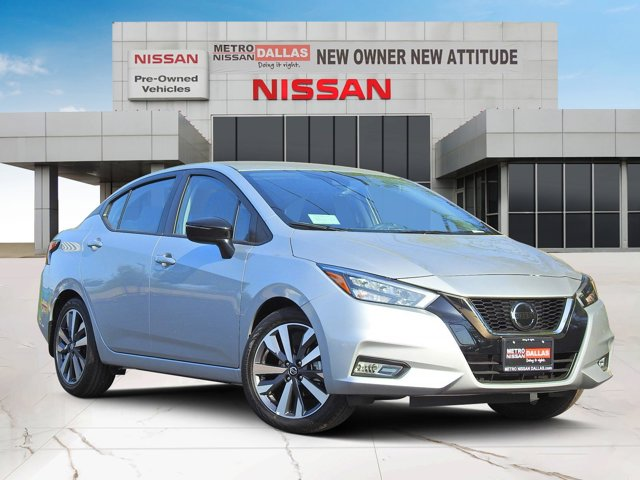 2020 Nissan Versa SR SR CVT Regular Unleaded I-4 1.6 L/98 [15]