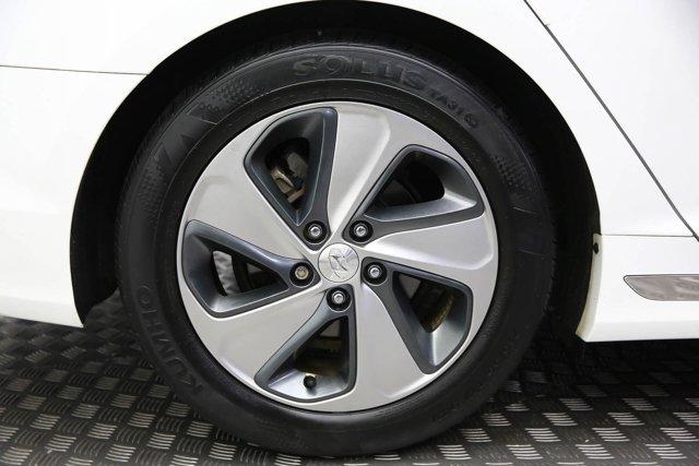 2017 Hyundai Sonata Hybrid for sale 125172 25