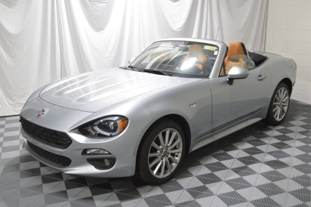 New 2019 FIAT 124 Spider in Cleveland, OH