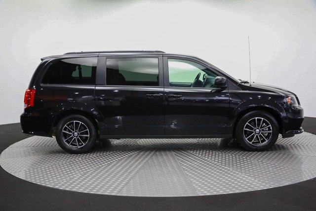 2019 Dodge Grand Caravan for sale 122089 3