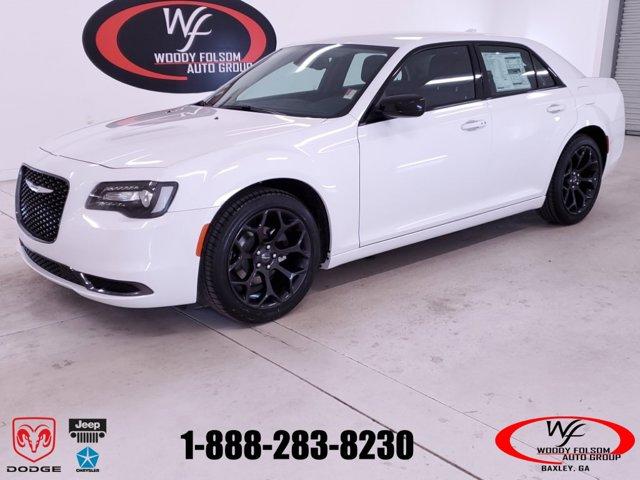 New 2019 Chrysler 300 in Baxley, GA