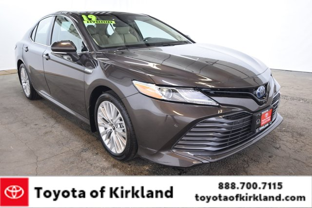 Used 2019 Toyota Camry Hybrid in , OR