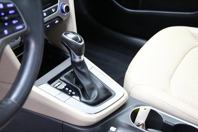 2017 Hyundai Elantra for sale 124258 11