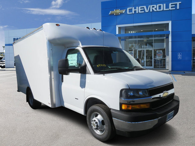 2019 Chevrolet Express Commercial Cutaway 3500 Van 139″ Gas V8 6.0L/364 [19]