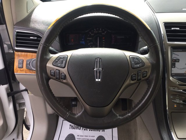 Used 2011 LINCOLN MKX FWD 4dr