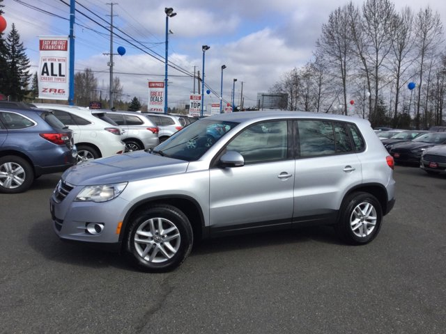 Used 2011 Volkswagen Tiguan 2WD 4dr Auto S