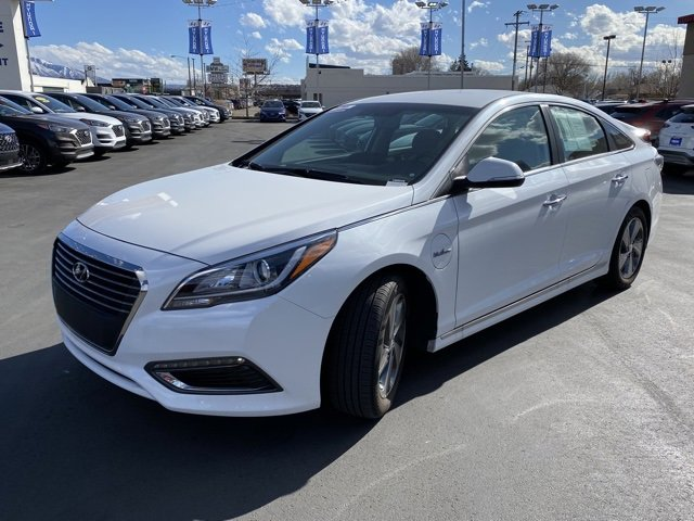 The 2017 Hyundai Sonata Plug-in Hybrid