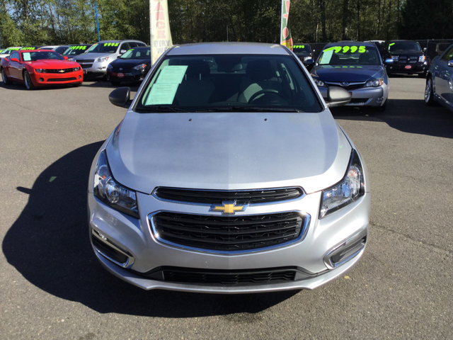 Used 2015 Chevrolet Cruze 4dr Sdn Auto LS