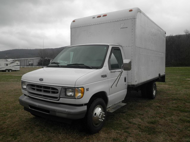 Used 1999 Ford Econoline Commercial Cutaway in Fort Payne, AL