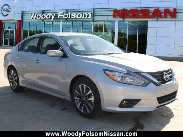 New 2017 Nissan Altima in Vidalia, GA