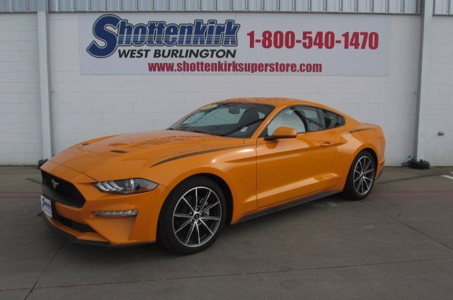 New 2018 Ford Mustang in West Burlington, IA