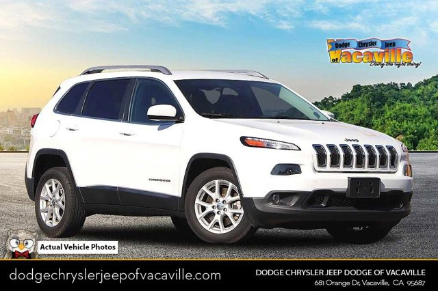 2015 Jeep Cherokee Latitude FWD 4dr Latitude Regular Unleaded I-4 2.4 L/144 [2]