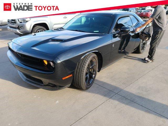 Used 2016 Dodge Challenger SXT Plus